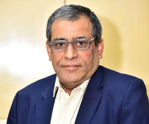 Alok Khanna